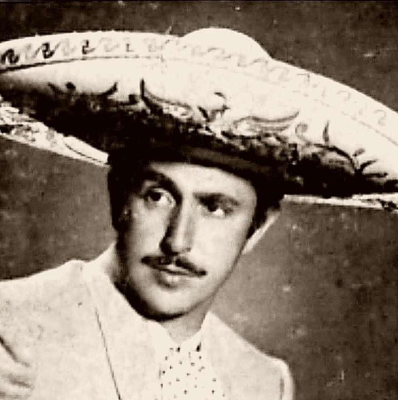 Demetrio González (Castiello de Bernueces, Gijón, Asturias, 7 de octubre de 1927) es un cantante español de música ranchera mexicana, actor de la época de ... - demetriogonzalez1
