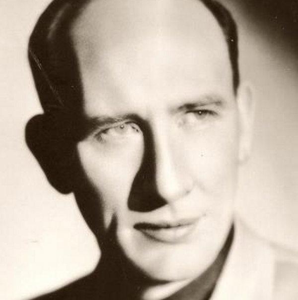 Isham Jones murió en Florida el 19 de octubre de 1956