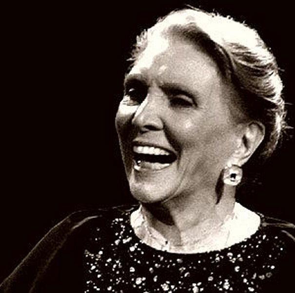 María Dolores Pradera nació en Madrid el 29 de agosto de 1924)
