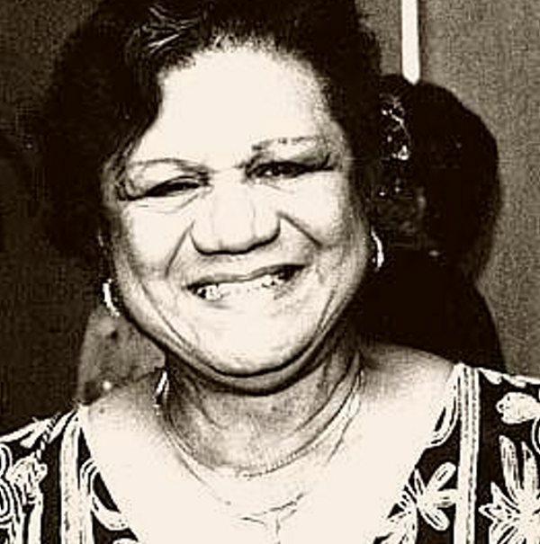 RUTH FERNÁNDEZ