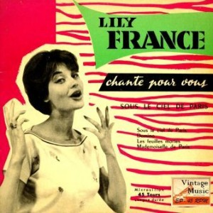 Sous Le Ciel De paris, Lily France