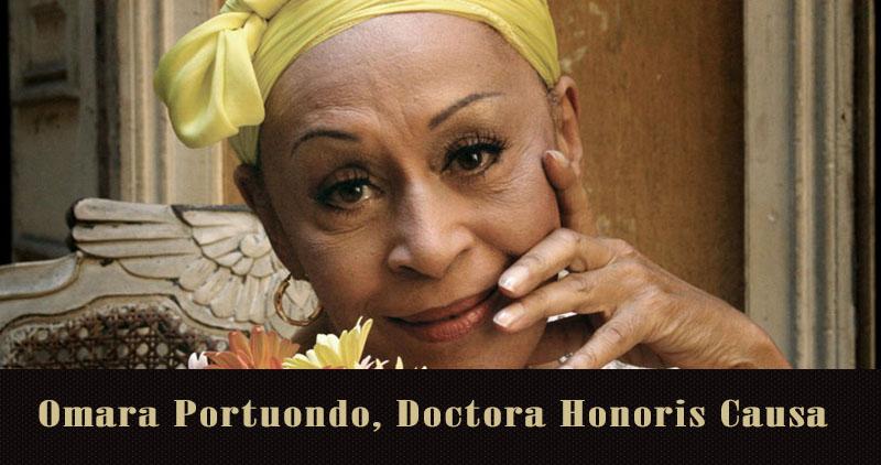 Omara Portuondo recibe el título Doctora Honoris Causa