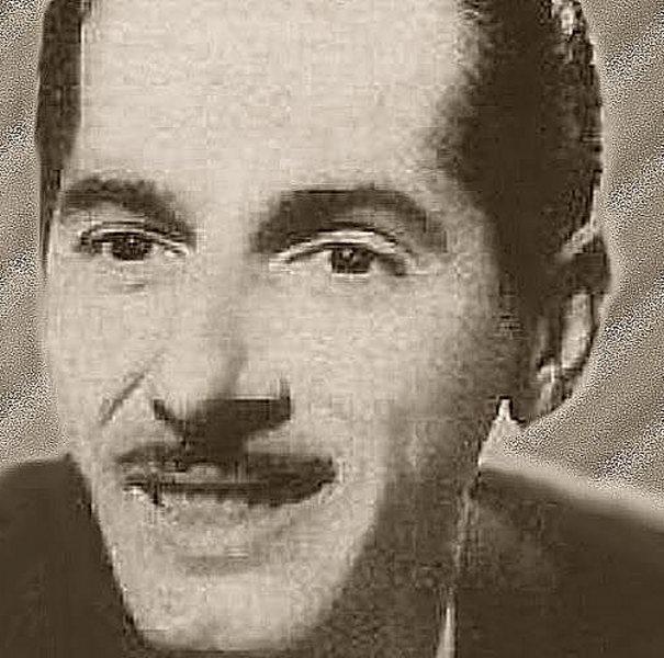 Orlando Vallejo nació el 30 de abril, en la Habana, de 1918