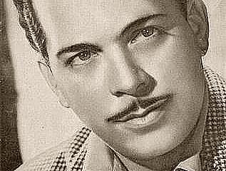 Fernando Albuerne nació en Sagua de Tánamo, Cuba, el 28 de octubre de 1920